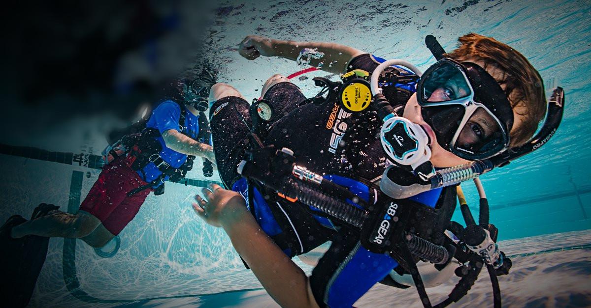 Pack Scuba Diver